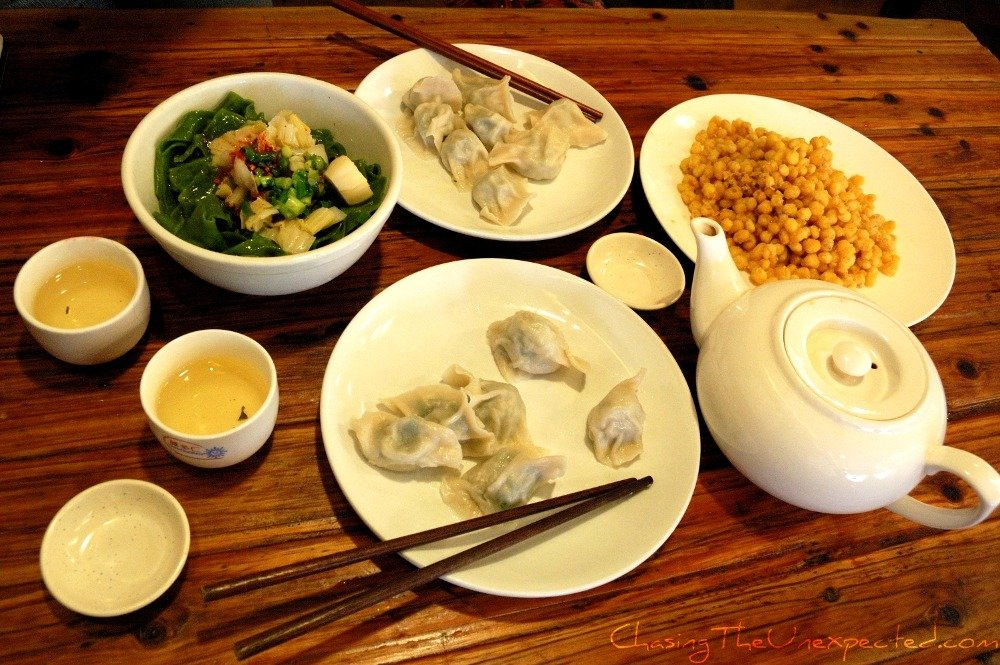 Learning Mandarin in Shanghai and ordering food in Chinese